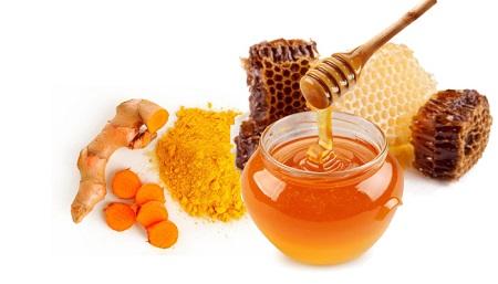 Bột nghệ và Mật ong luôn là sự lựa chọn hàng đầu cho các công thức làm đẹp da