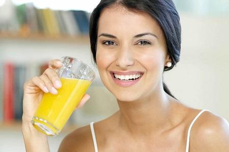 Uống nghệ mật ong giúp chị em phụ nữ sở hữu làn da đẹp rạng ngời
