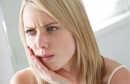 Cảm giác đắng miệng sẽ khiến cho bạn cảm thấy ăn không ngon miệng và có thể dẫn đến việc bỏ bữa