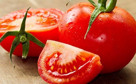 Cà chua là một loại thực phẩm rất quen thuộc, phổ biến và rất dễ trồng và hầu như không có calo