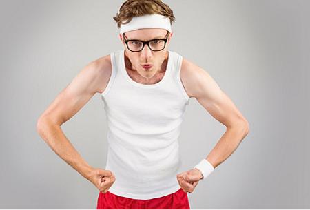 Khi cơ thể gầy và bạn còn lười hoạt động thì kết quả là các cơ bắp trở nên teo tóp