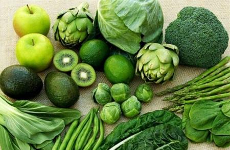 Khi bị đau bụng đi ngoài thì người bệnh cần bổ sung nhiều rau xanh, chất xơ, trái cây