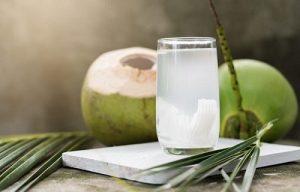 Uống nước dừa giảm cân nhanh và đơn giản