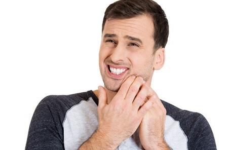 nam giới khi mắc bệnh quai bị có những triệu chứng sau đây sẽ rất nguy hiểm và có thể để lại biến chứng viêm tinh hoàn
