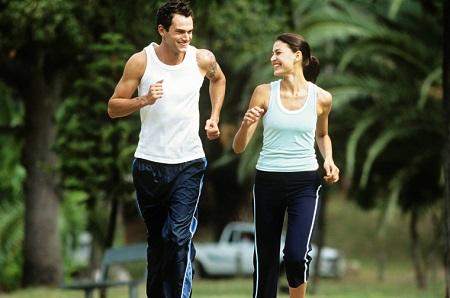 Chạy bộ là cách vận động cơ thể tốt nhất trong mỗi sáng
