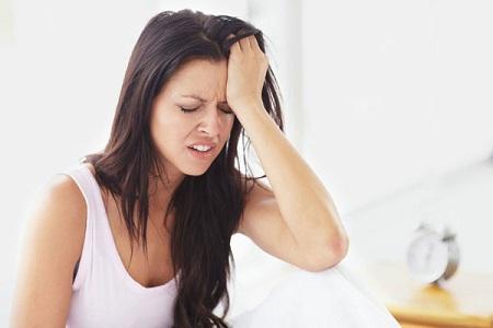 Căng thẳng, mệt mỏi, áp lực, stress, lối sống là số những nguyên nhân dẫn đến mắc bệnh thiếu máu lên não ở người trẻ