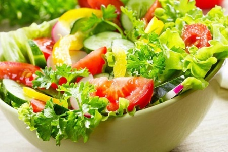 Cà chua là loại thực phẩm chứa calo hàm lượng thấp và nhiều vitamin