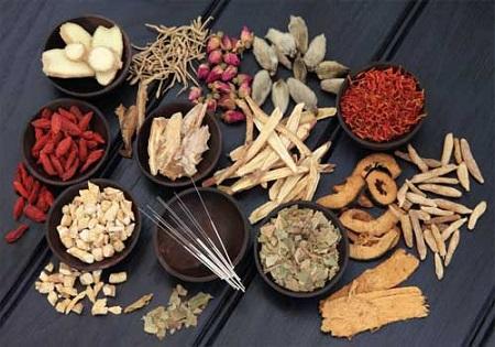 Từ nhiều loại thảo dược quý kết hợp lại thành những bài thuốc trị nhức mỏi chân tay hiệu quả