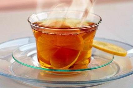 Chào ngày mới với một ly mật ong ấm giúp sáng khoái tinh thần, làm việc hiệu quả