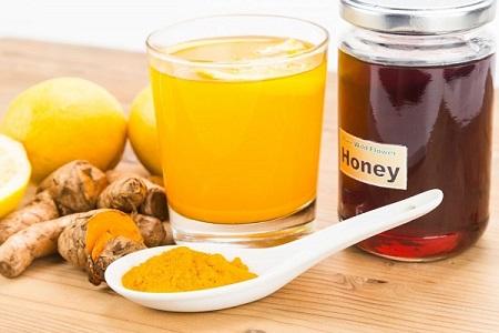 Một ly nghệ mật ong vào buổi sáng giúp cơ thể bạn khỏe mạnh mỗi ngày