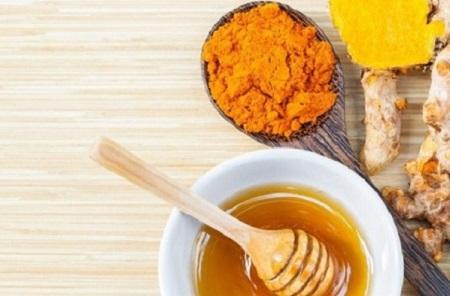 Bạn cần biết về cách uống nghệ mật ong như thế nào để phát huy hết tác dụng của nó