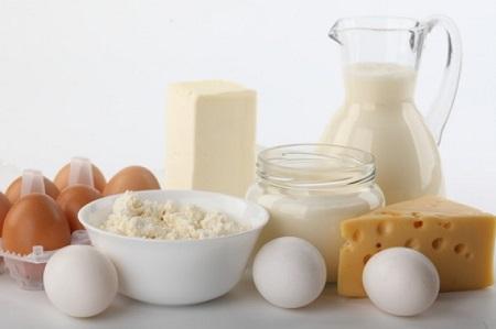 Trứng và sữa mang lại nguồn vitamin b dồi dào và cần thiết cho sức khỏe