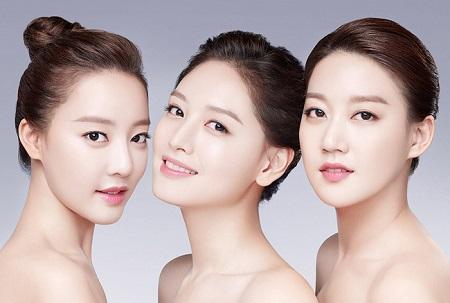 Vitamin A trong dầu gấc có khả năng làm trắng da và lấy lại nét hồng hào tươi trẻ cho làn da của bạn