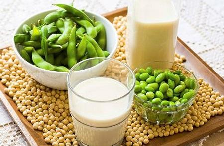 Cholesterol là chất béo steroid được tạo ra ở gan và có mặt trong mỗi tế bào của cơ thể